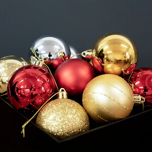 Traditional Luxury Bauble Set - 12 Pack