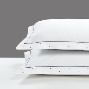 Triangles White/Grey Pillowsham 50x70cm
