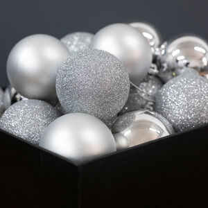Silver Bauble Set - 20 Pack