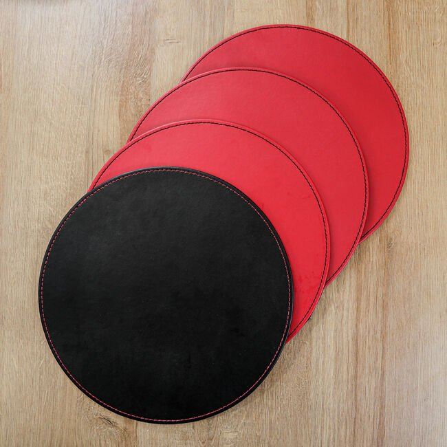 Reversible Round Black/Red Placemats