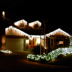 240 Icicle LED Snowing Lights - White