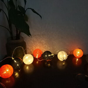 Halloween 8 LED Ball String Lights