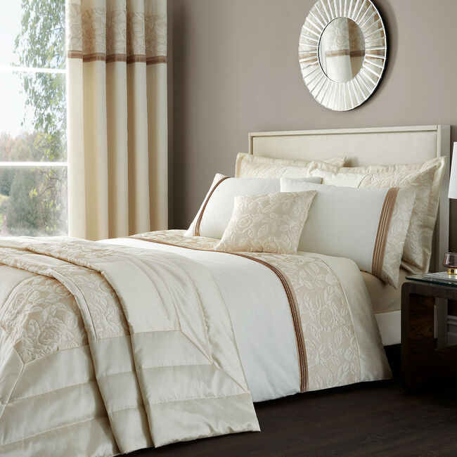SINGLE DUVET COVER Quilted Rose Cream base/Gold