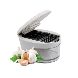 Kitchen Classics 3 in 1 Garlic Press