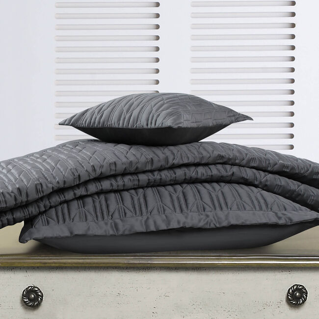 Quilted Hotel Chevron Grey Pillowshams 50x75cm