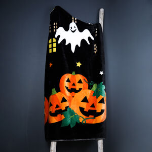 Spookyville Throw 150x200cm