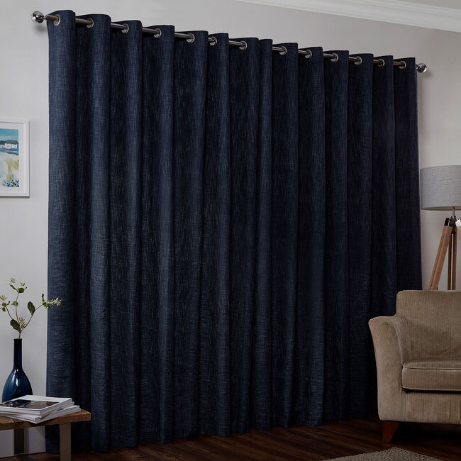 BLACKOUT & THERMAL BASKETWEAVE NAVY  66x72 Curtain