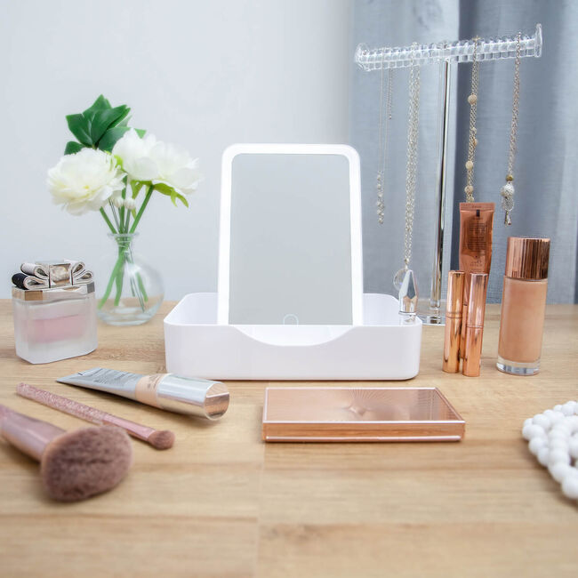 LED Smart Touch Mirror with Storage