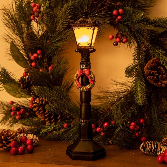 Lightup Christmas Lamp Post