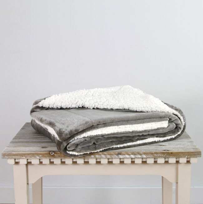 Ruane Mink Sherpa Champagne Throw 127 x 152cm