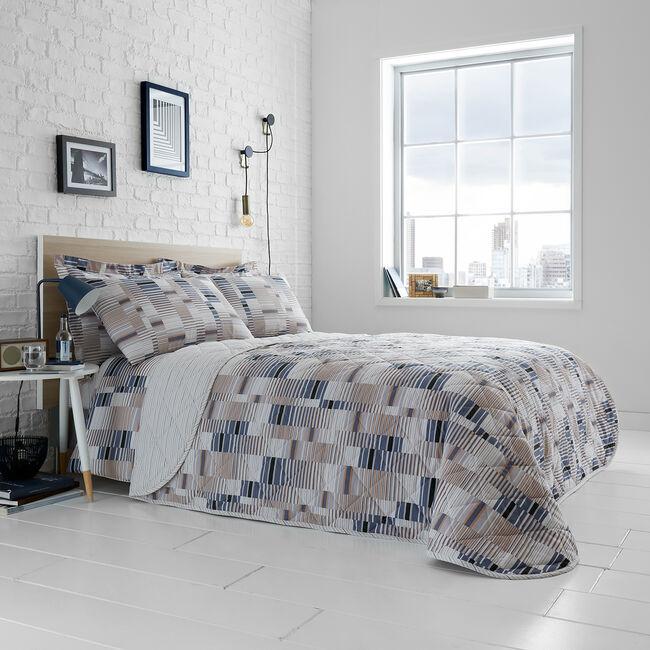 Kelston Bedspread 200 x 220cm