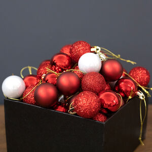Red Mini Bauble Set - 49 Pack