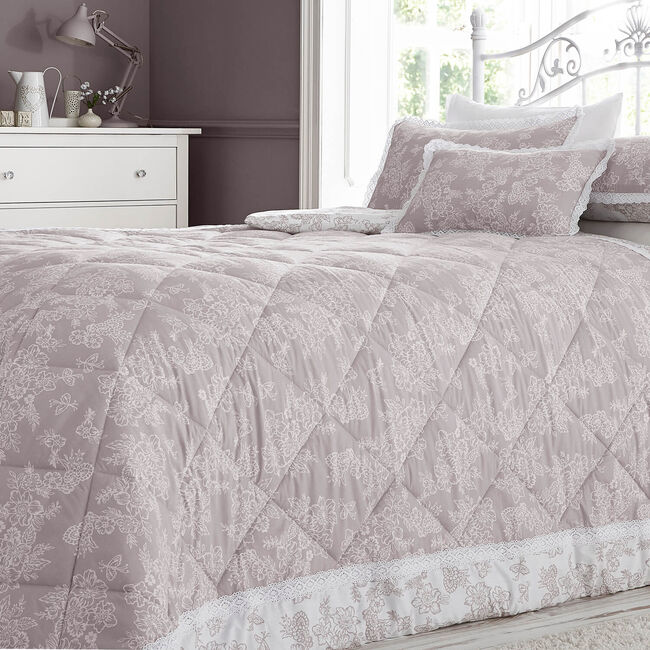 Millie Blush Bedspread