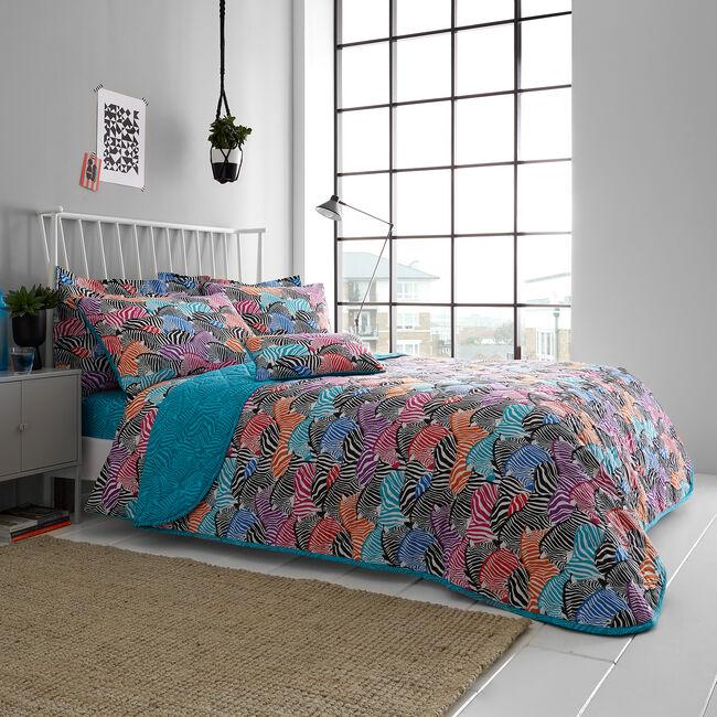 Zebra Bedspread 200 x 220cm