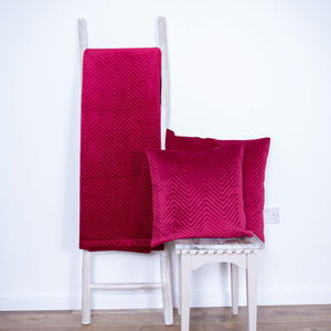 Triangle Stitch Throw 150 x 200cm - Burgundy