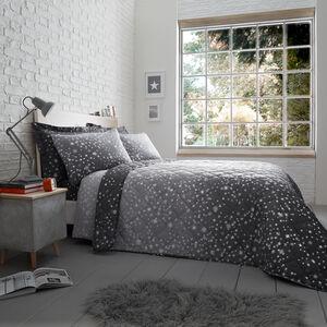 Oscar Grey Bedspread 200 x 220cm