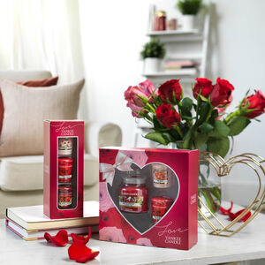 Yankee Candle Love Collection 3 Votive Gift Set