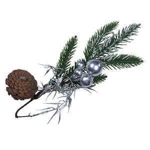 Christmas Pine and Berry Pick