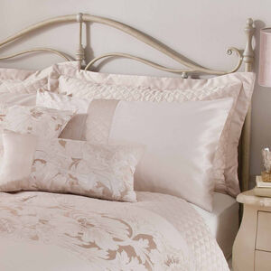 Classical Floral Cream Pillowsham