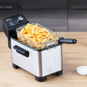 Tefal Easy Pro 1Kg Semi-Professional Deep Fryer