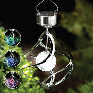 Saturn Wind Spinner Solar Light