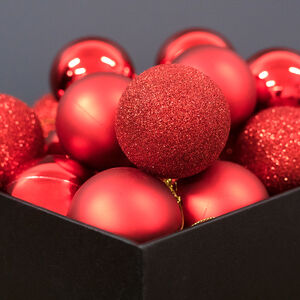 Red Bauble Set - 20 Pack