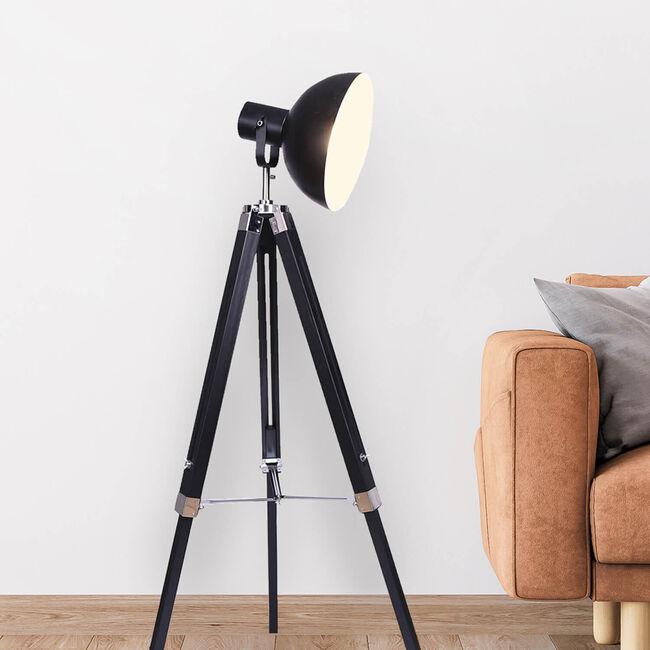 Wooden Studio Tripod Floor Lamp