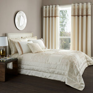 Quilted Rose Bedspread 240x260cm - Cream & Gold