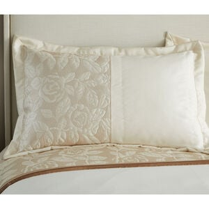 Quilted Rose Cream Pillowshams 50x75cm