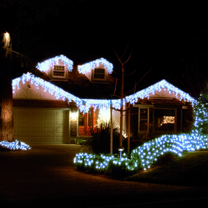 240 Icicle LED Snowing Light - Blue