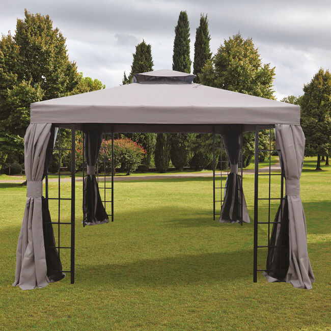 Santa Cruz Gazebo With Netting curtain