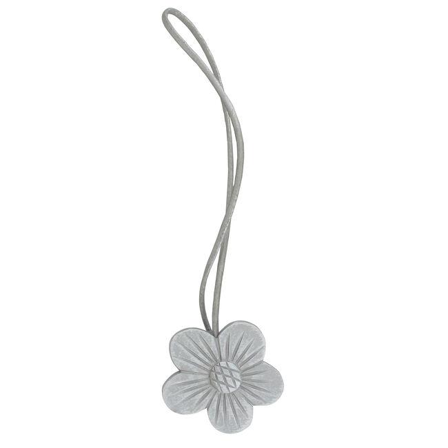 Valentine White/Grey Magnetic Tieback