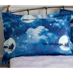 Santa Silhouette Oxford Pillowcase Pair