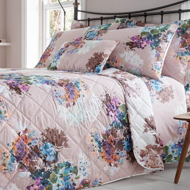 Jacinta Blush Bedspread