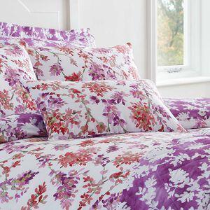 Kamilia Berry Cushion 30 x 50cm