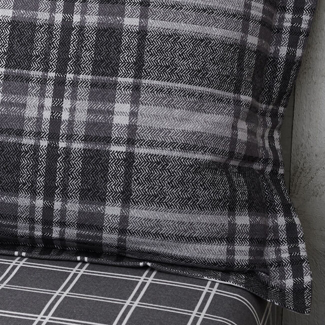 Brushed Cotton Boothman Oxford Pillowcases - Check